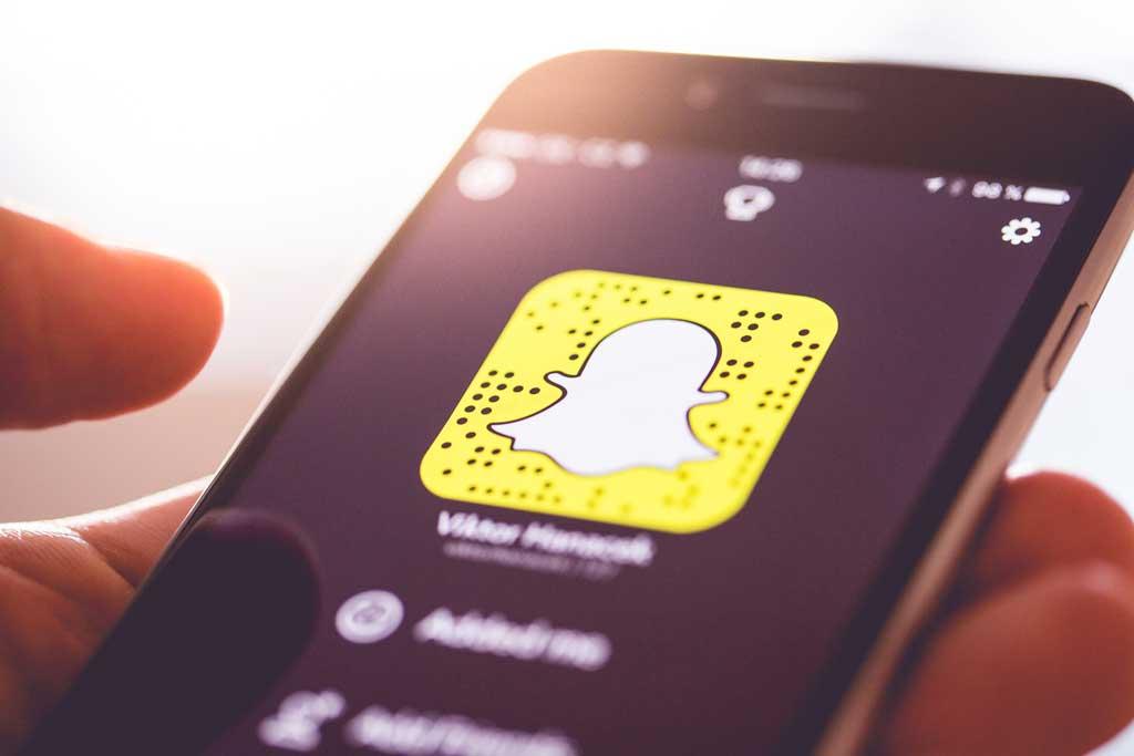 Hack Snapchat Using social engineering